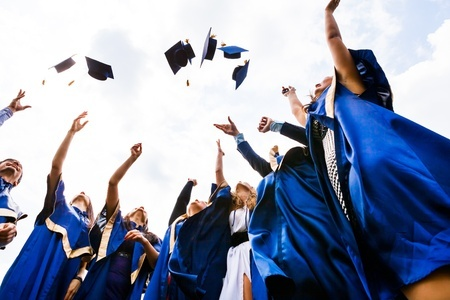 Is Free Community College Tuition Affordable for the U.S.?